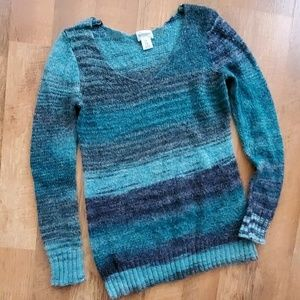 Maternity teal sweater